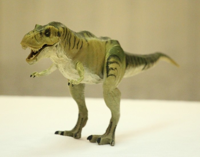 T Rex Toy : Tyrannosaurus rex thrasher the lost world by kenner