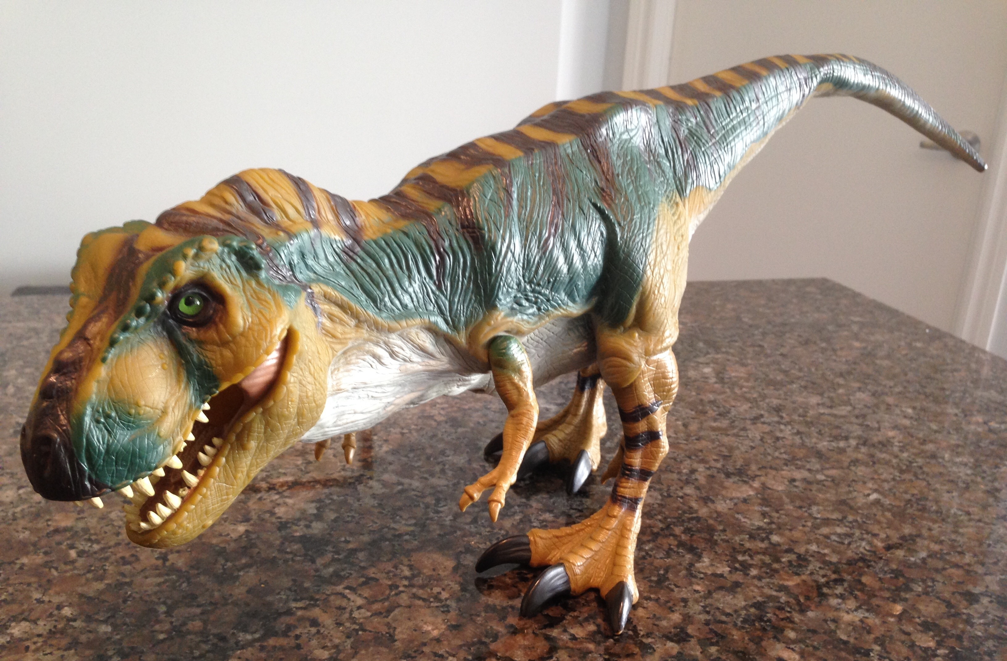T Rex Toy : Tyrannosaurus rex bull from the lost world jurassic park