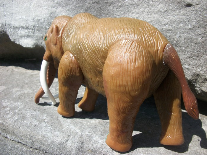 Woolly Mammoth   HG toys 5