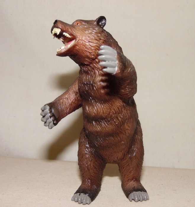 Cave Bear (Jurassic Hunters by Geoworld) | Dinosaur Toy Blog