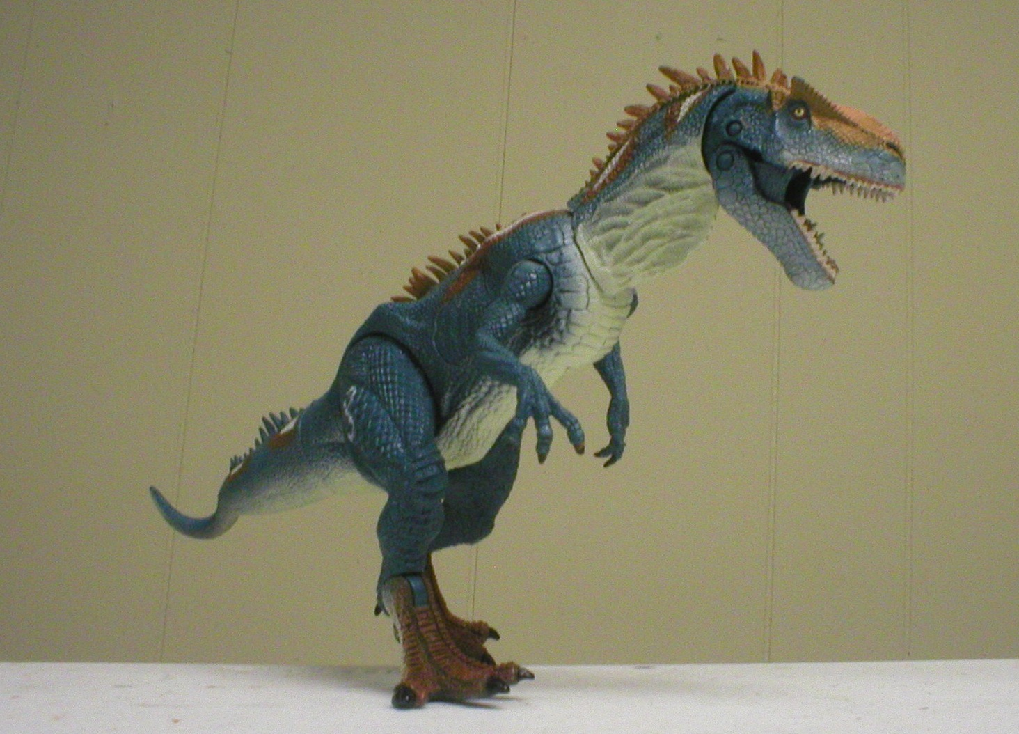 Allosaurus Assault (Jurassic Park by Hasbro) | Dinosaur ... Walking With Dinosaurs Allosaurus Toy